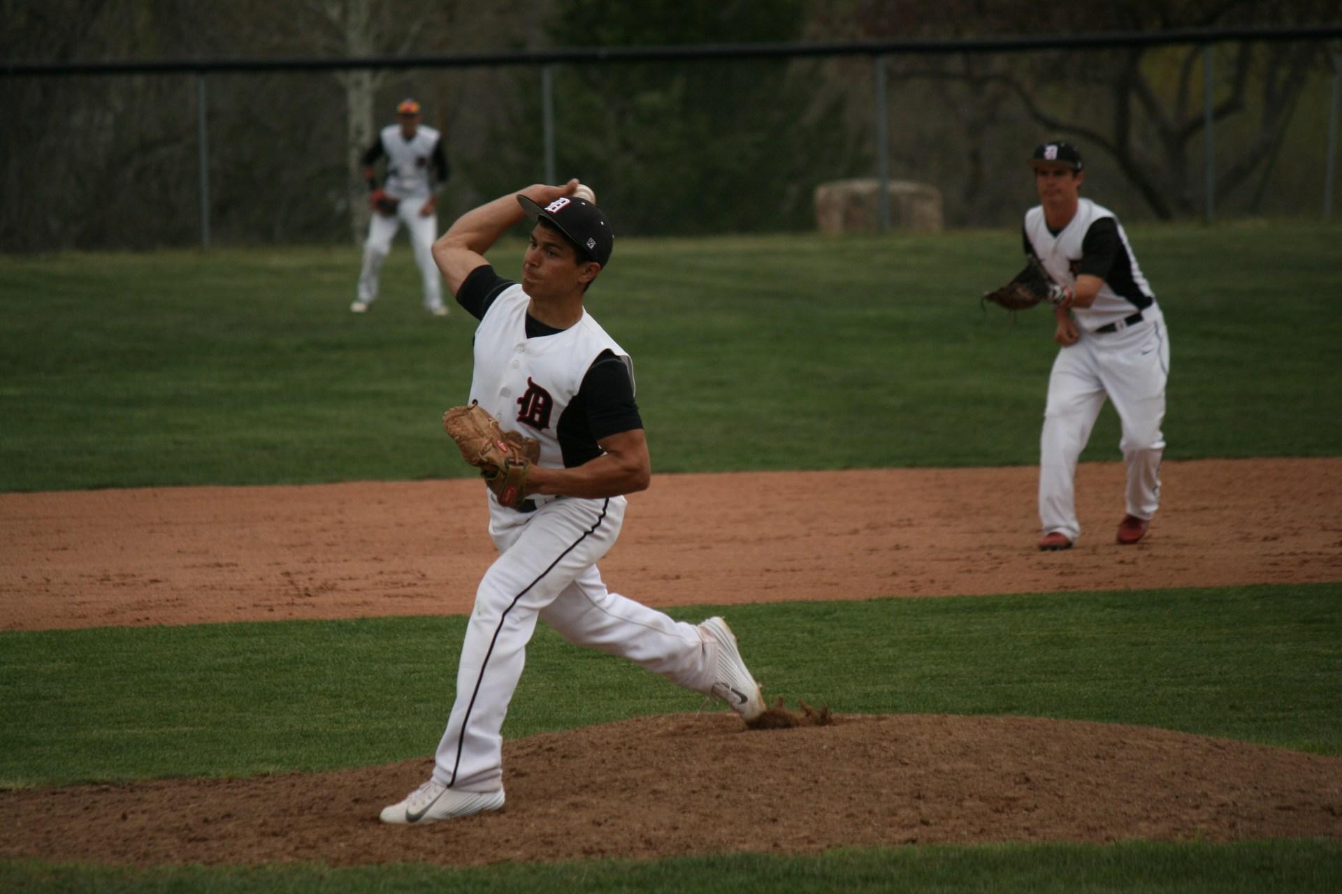 Boys Baseball.
