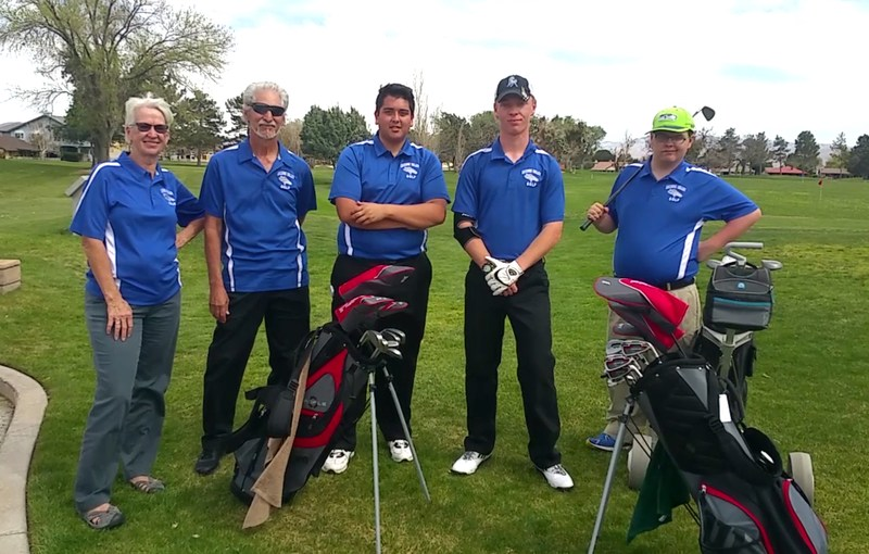 Small But Mighty Golf Team Making Inroads Featured Photo