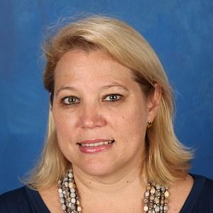 Beth Marie De Hernández's Profile Photo
