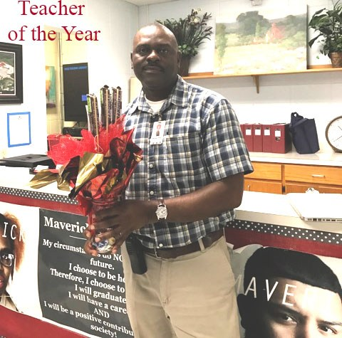 Congratulations to our 2017 Manor Excel Academy Teacher of the Year, Mr. Snell! Thumbnail Image