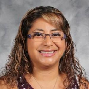 Jennifer Vela's Profile Photo