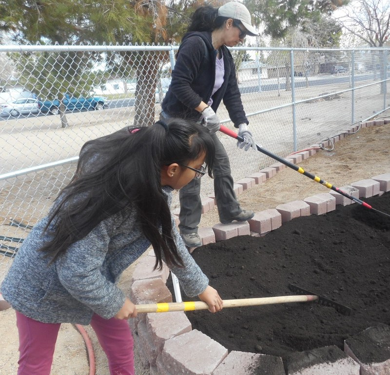 Orr Community Joins Together to Build a Garden! Featured Photo