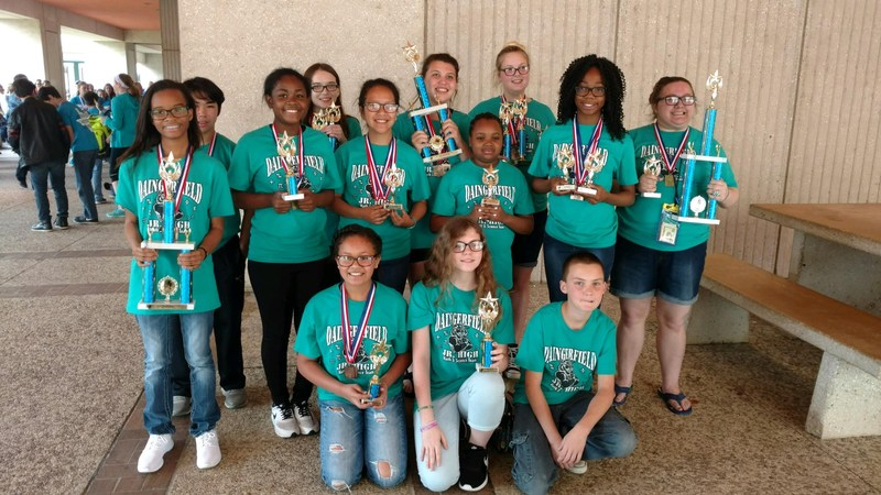 8TH GRADE MATH TEAM--STATE CHAMPIONS IN CALCULATOR Thumbnail Image
