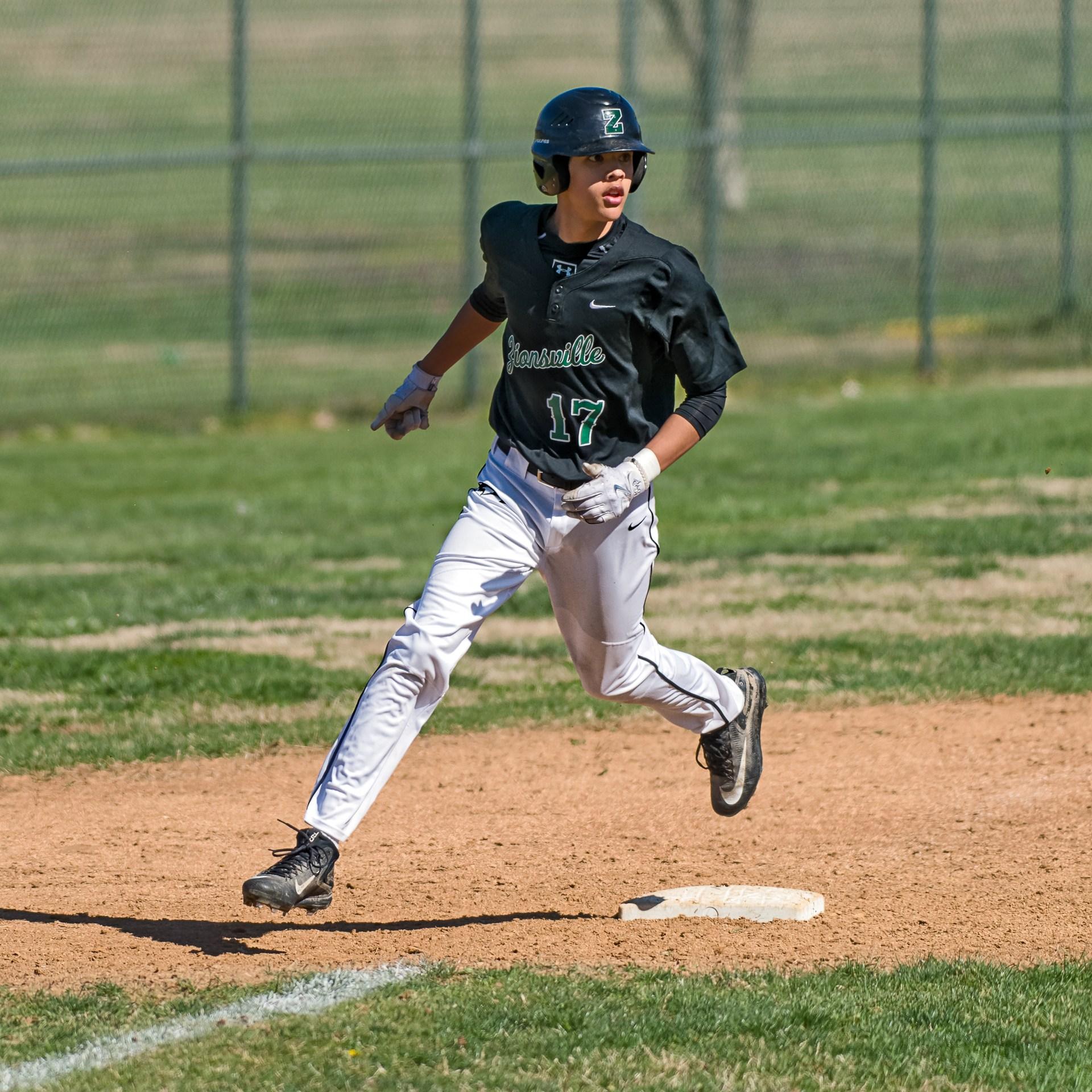 Sophomore Joe Vukovich photo