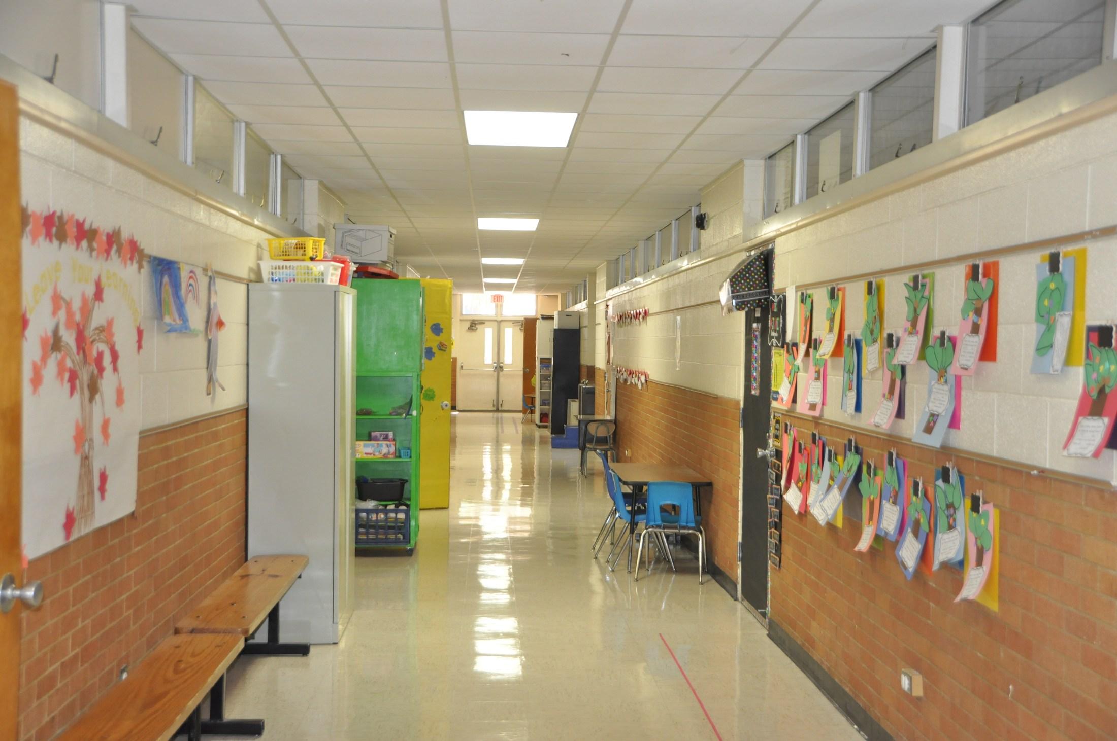 Elementary School Hallway | www.pixshark.com - Images ...