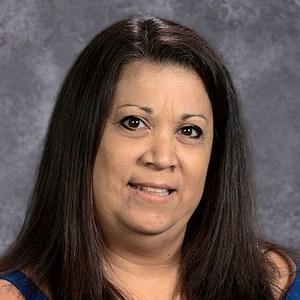 Elvira Mares's Profile Photo