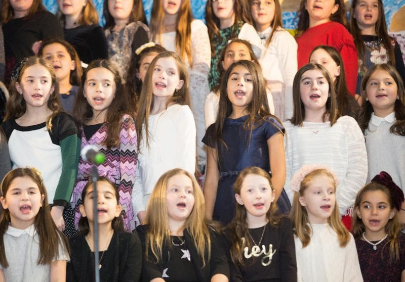 4th Grade Evening of the Arts Featured Photo