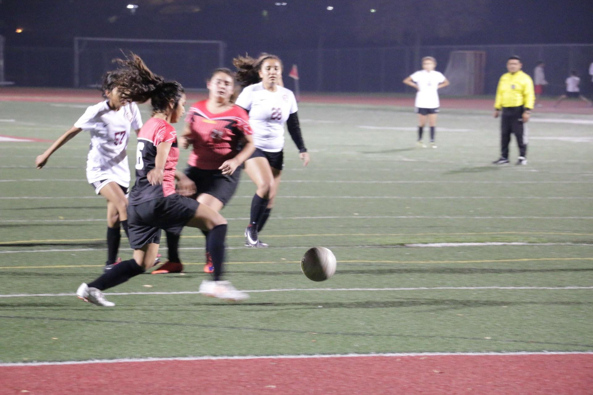 Girl's Soccer 17-18