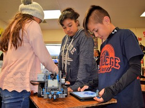 BPUSD_HONOR_2: Santa Fe School students work on science, technology, engineering and math (STEM) tasks, a focus for the school.
