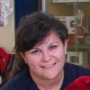 Lucrecia Salinas's Profile Photo