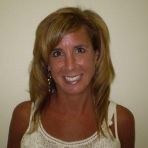 Carolyn Pontes's Profile Photo