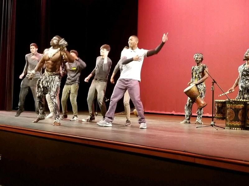 West African Dancers 3