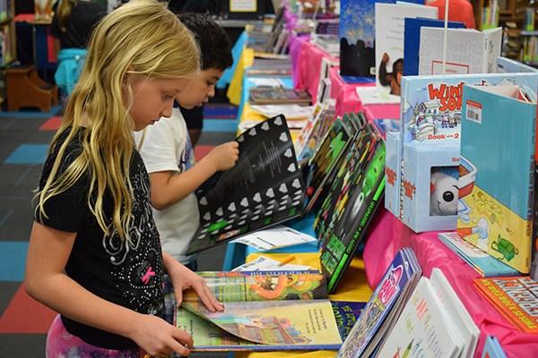 Book Fairs begin at EPSD schools Thumbnail Image