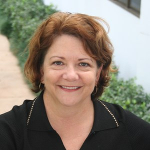Laura Barnett's Profile Photo