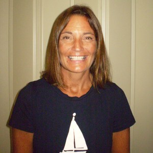 Jennifer Medeiros's Profile Photo