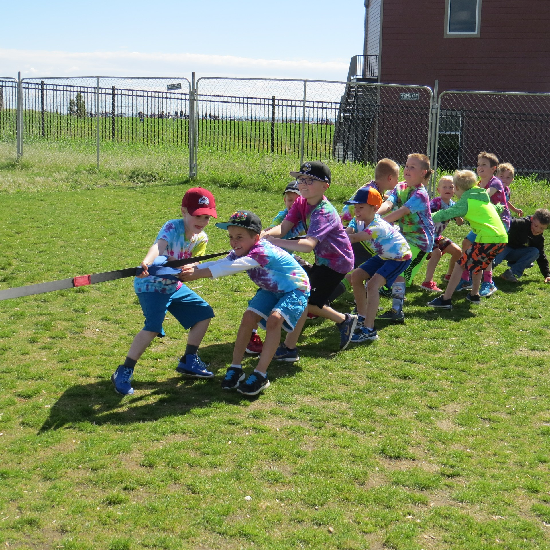 student play tug-o-war