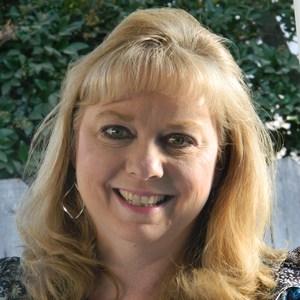 Kim Robles's Profile Photo