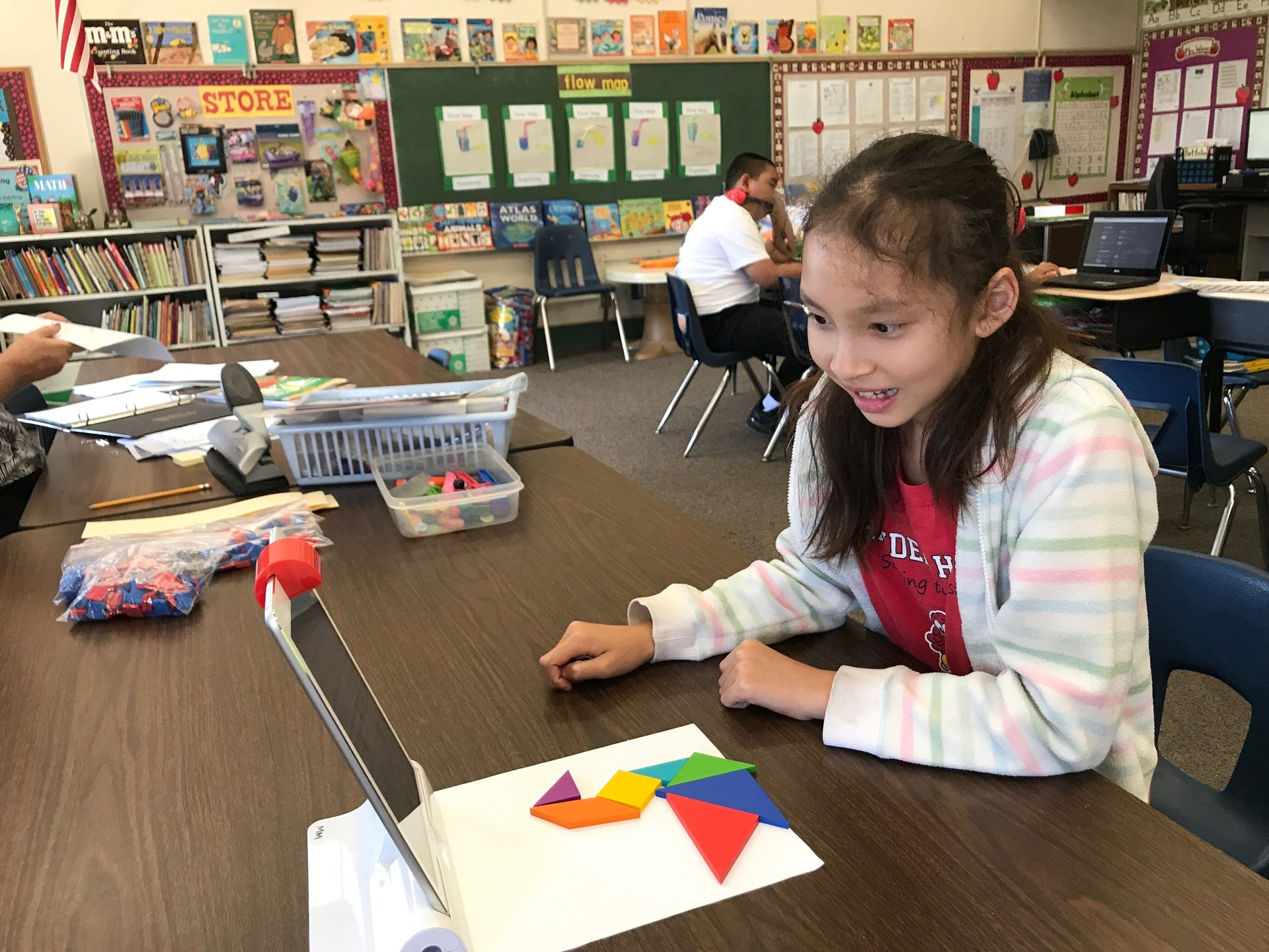 Osmo Tangram on iPads