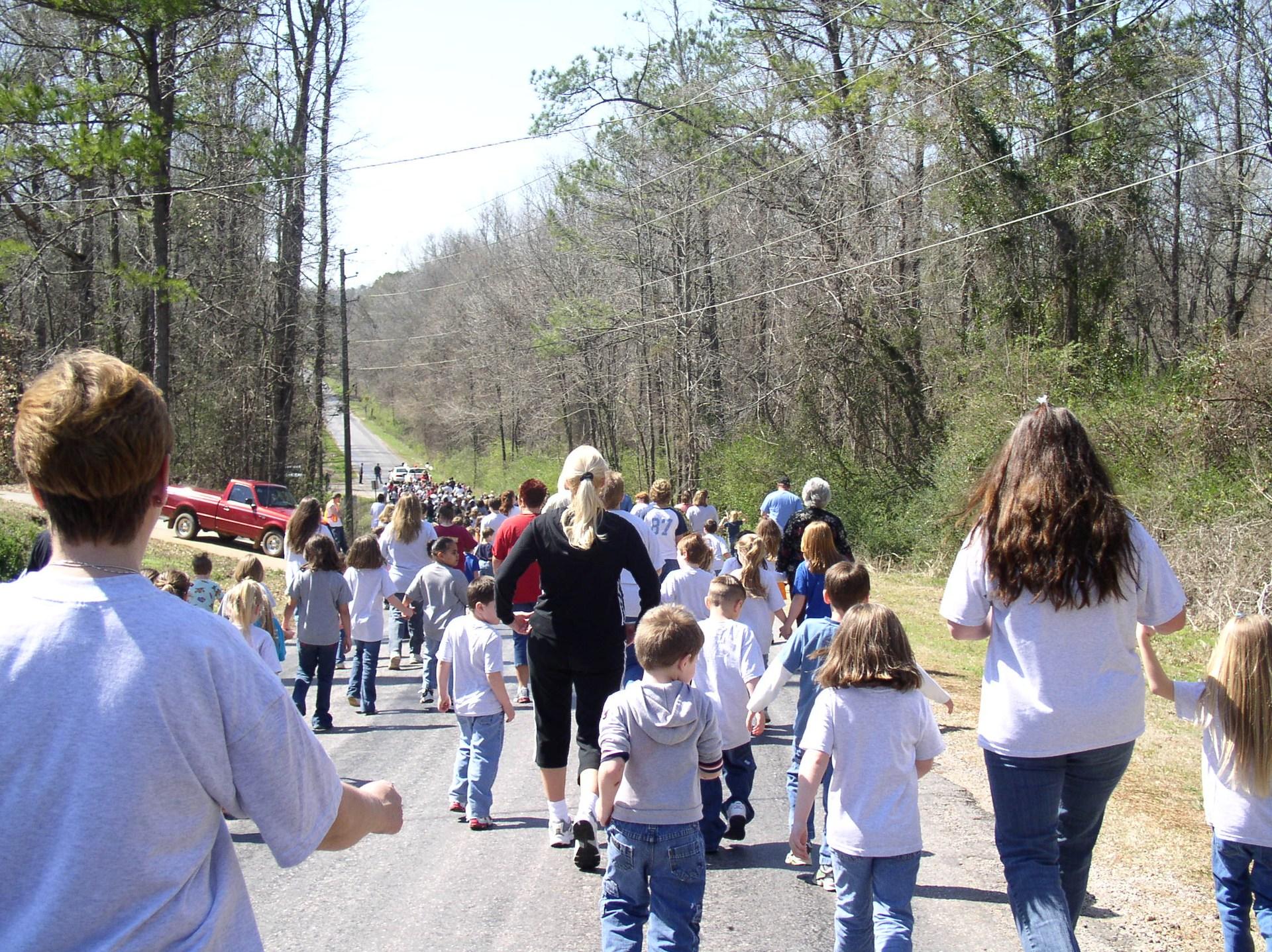 2017 Woodstock Elementary Wellness Walk action picture of walk