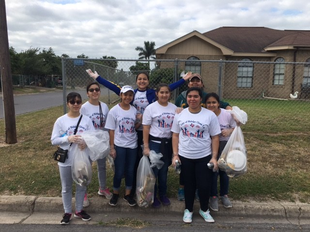 Student Council during the Hidalgo City Cleanup. Thumbnail Image