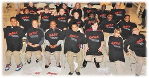 Students with DARE shirts