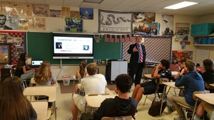 Judge Pickering discusses 14th Amendment with 8th grade - 1.jpg