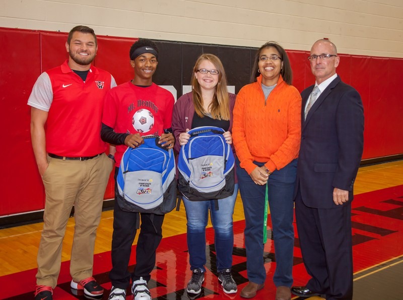 Scholar Athletes Honored as Athletes of the Week Featured Photo