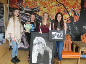 TKHS art students show their award-winning works.