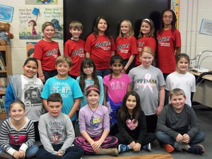 Group of classroom Spelling Bee representatives.