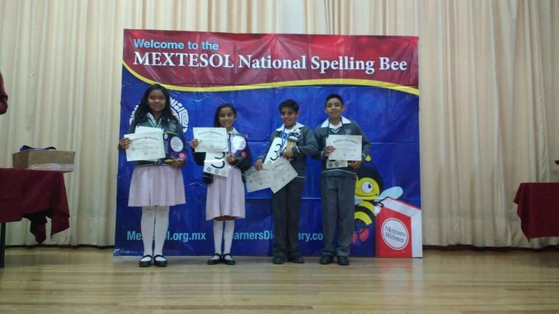 2° lugar en Spelling Bee Nacional Featured Photo