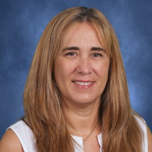 Dolores Usandizaga's Profile Photo