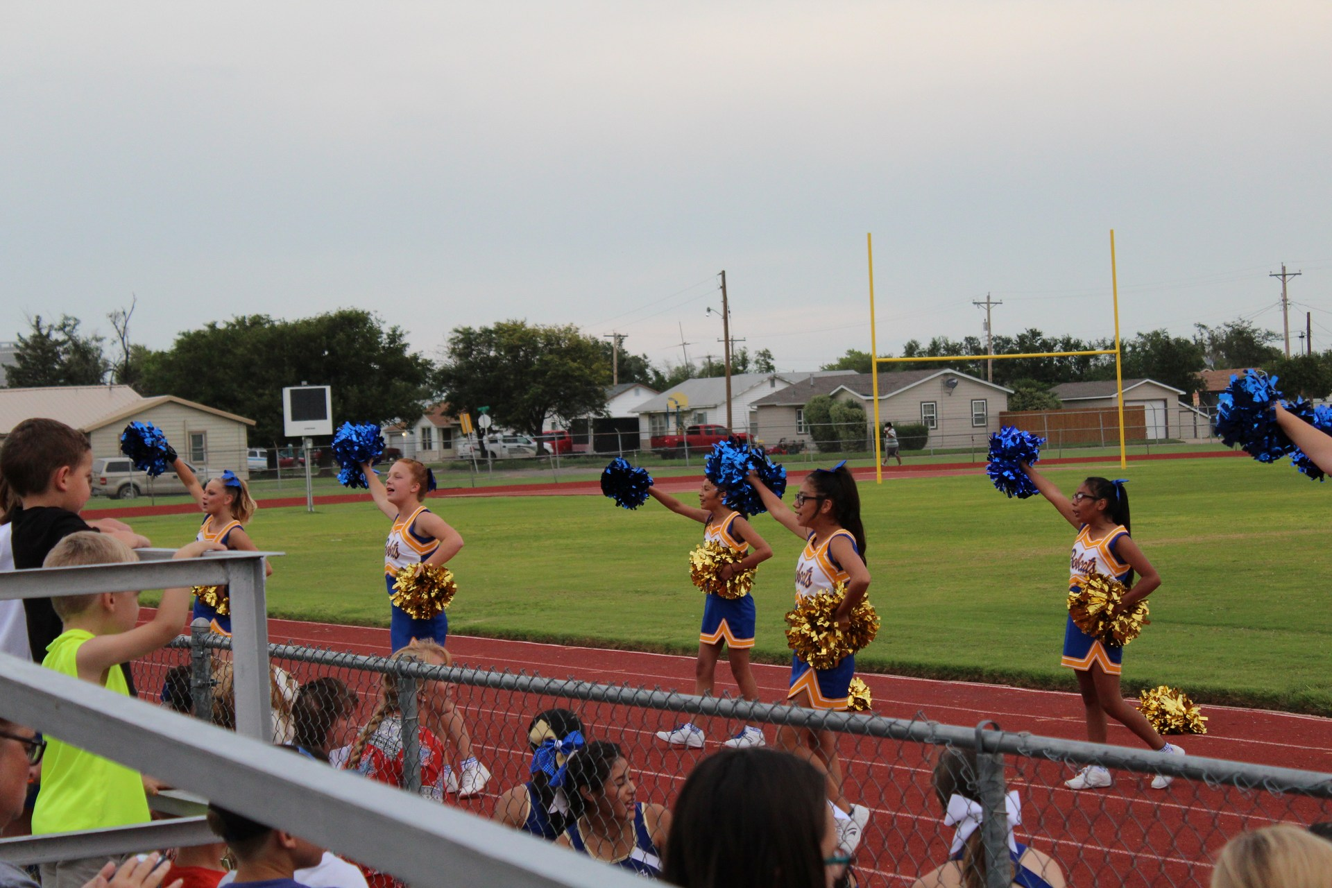 Jr. High Cheerleaders at Meet the Bobcats