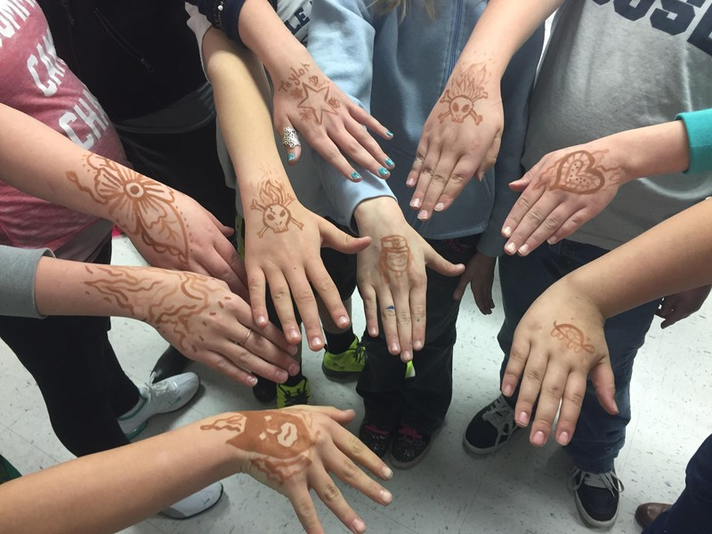 Henna in the Classroom Thumbnail Image