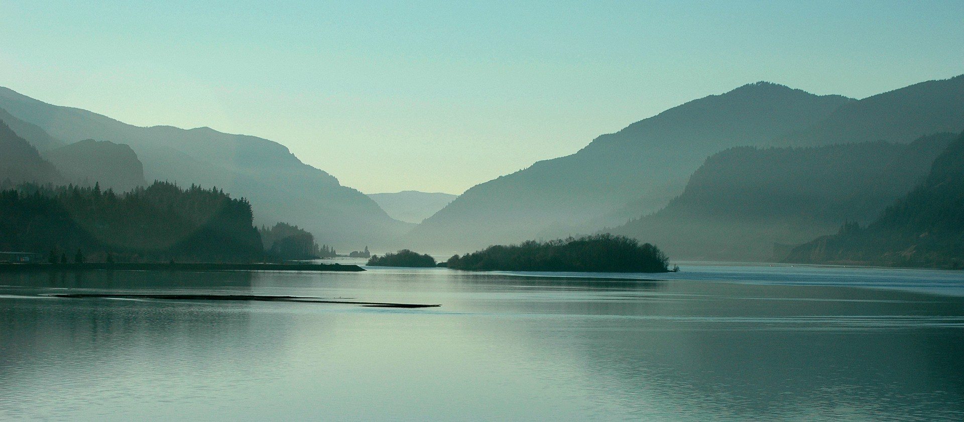 Photo of the Columbia River Gorge from the White Salmon/Hood River Bridge.
