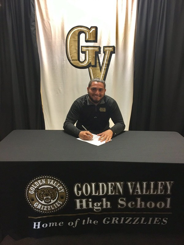 Gabriel Coronado Signs to UC Santa Barbara Featured Photo