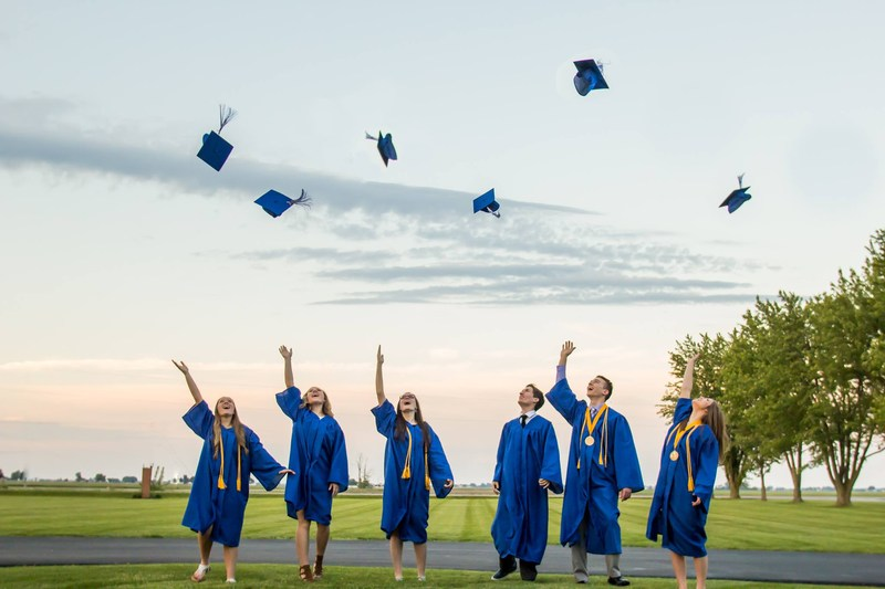 Congratulations to our Graduating Seniors! Thumbnail Image