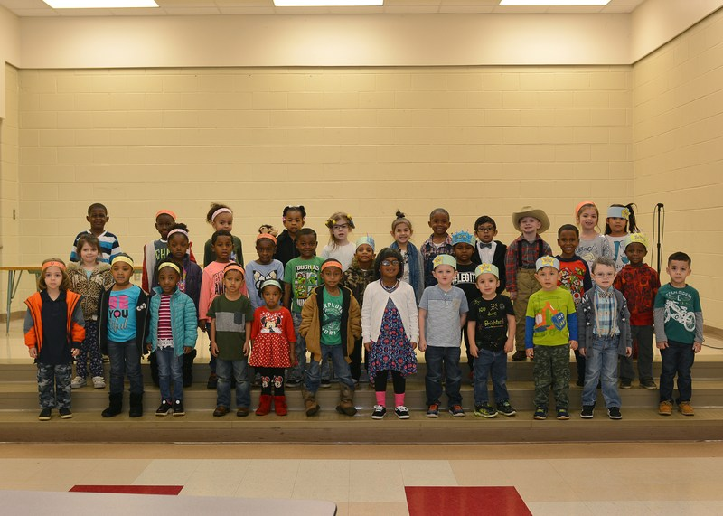 students celebrate the 100 day of school