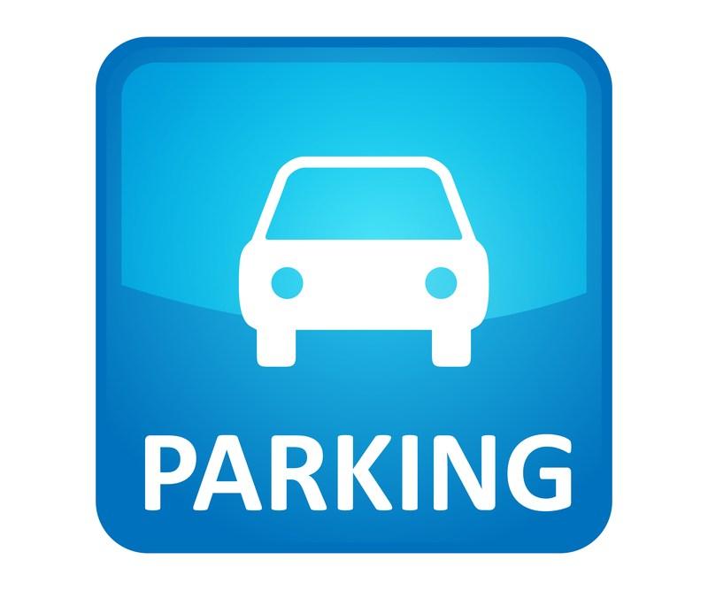 2017-18 Student Parking Regulations Thumbnail Image