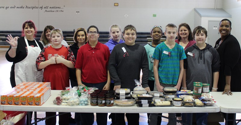 Heritage Class Continues To Pay It Forward At Painesville Salvation Army Thumbnail Image