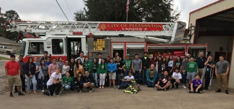 Field trip to the firehouse for Public Safety students