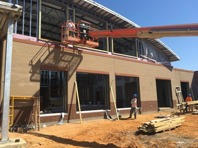 Close up photo of Springdale Elementary cafeteria addition brickwork