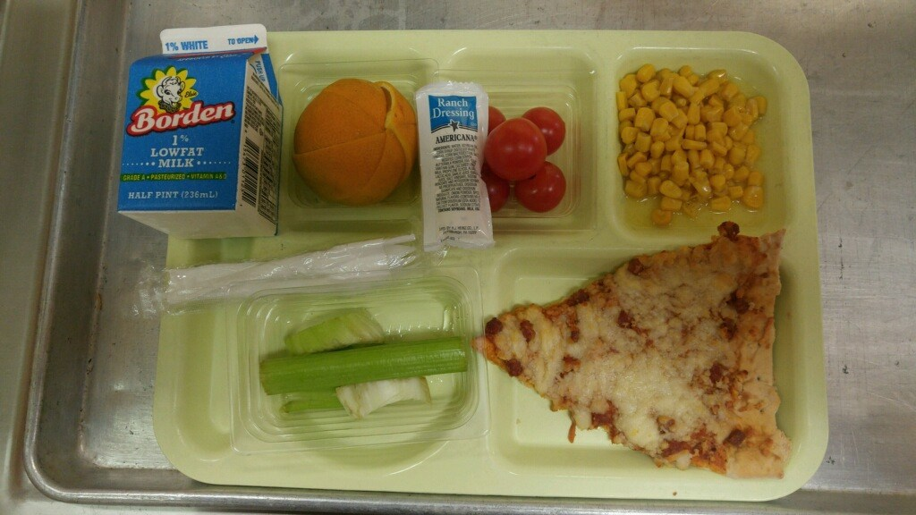 pizza lunch tray