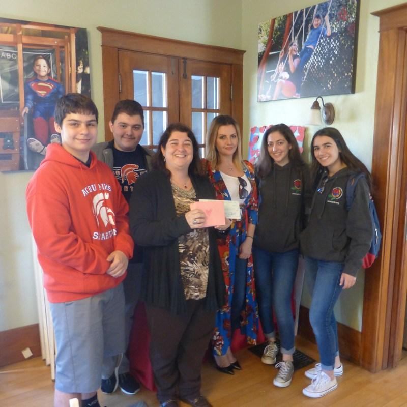 Service Club Visits the Ronald McDonald House of Pasadena Featured Photo