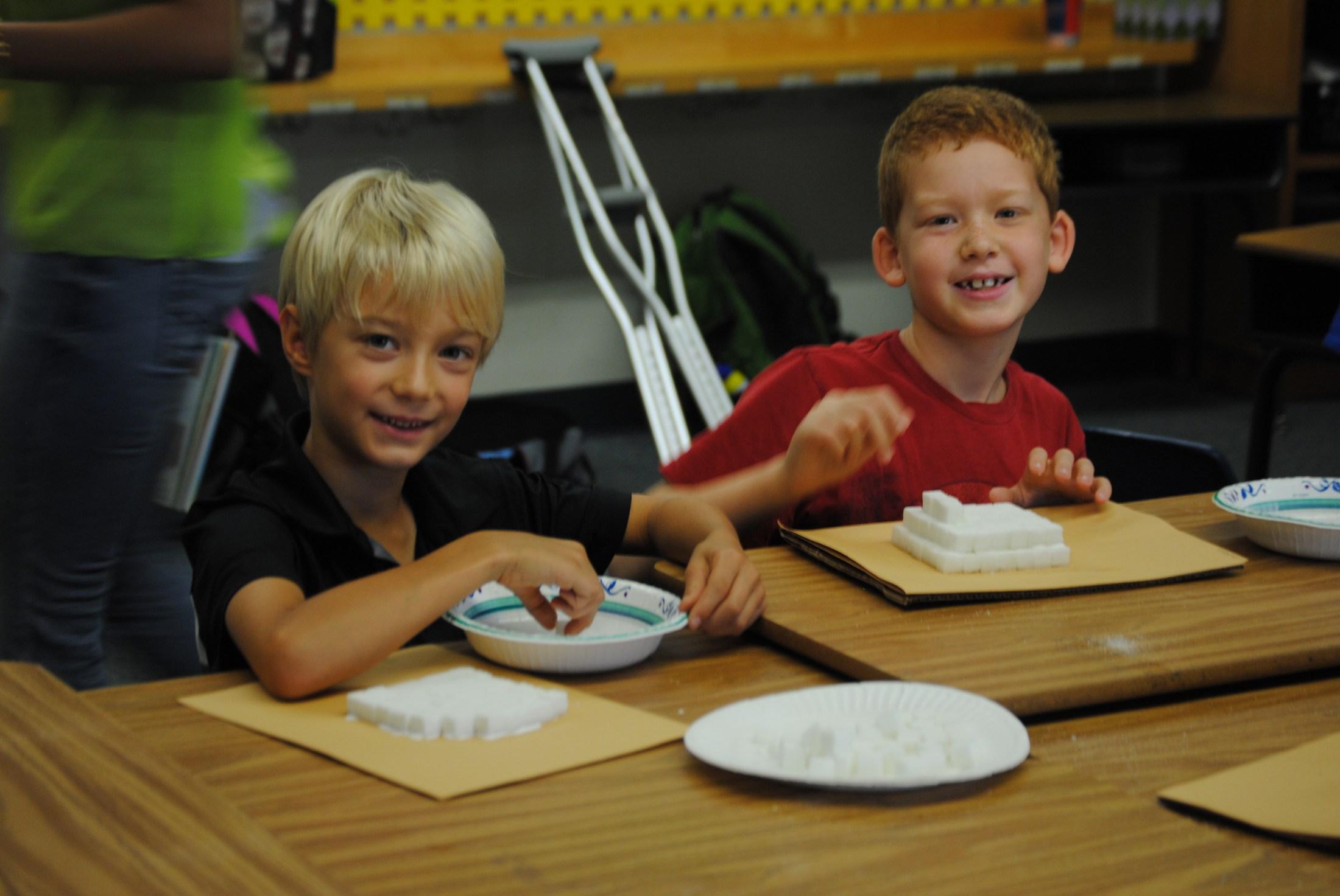 Food art summer school class.