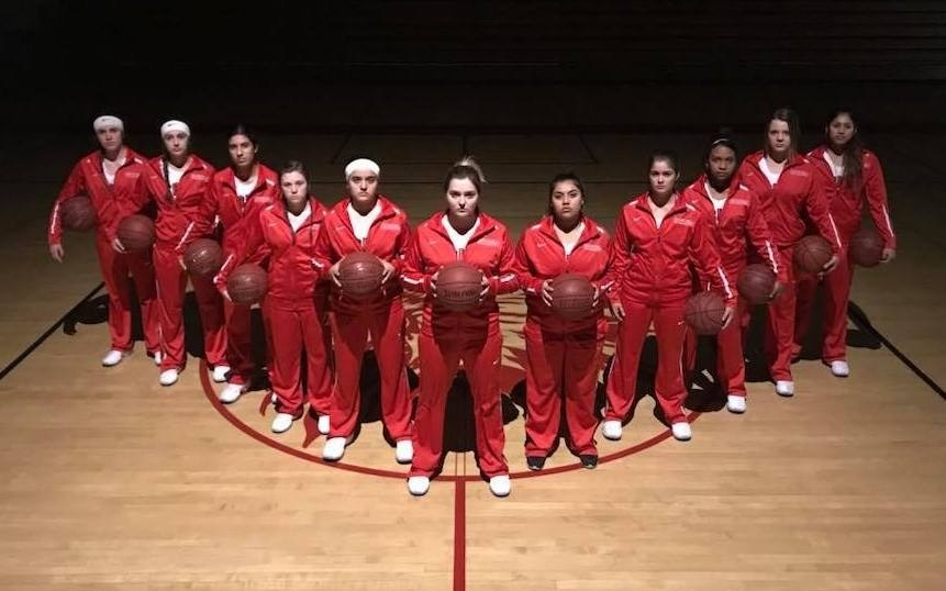 Girls Basketball Team Wins Valley Championship