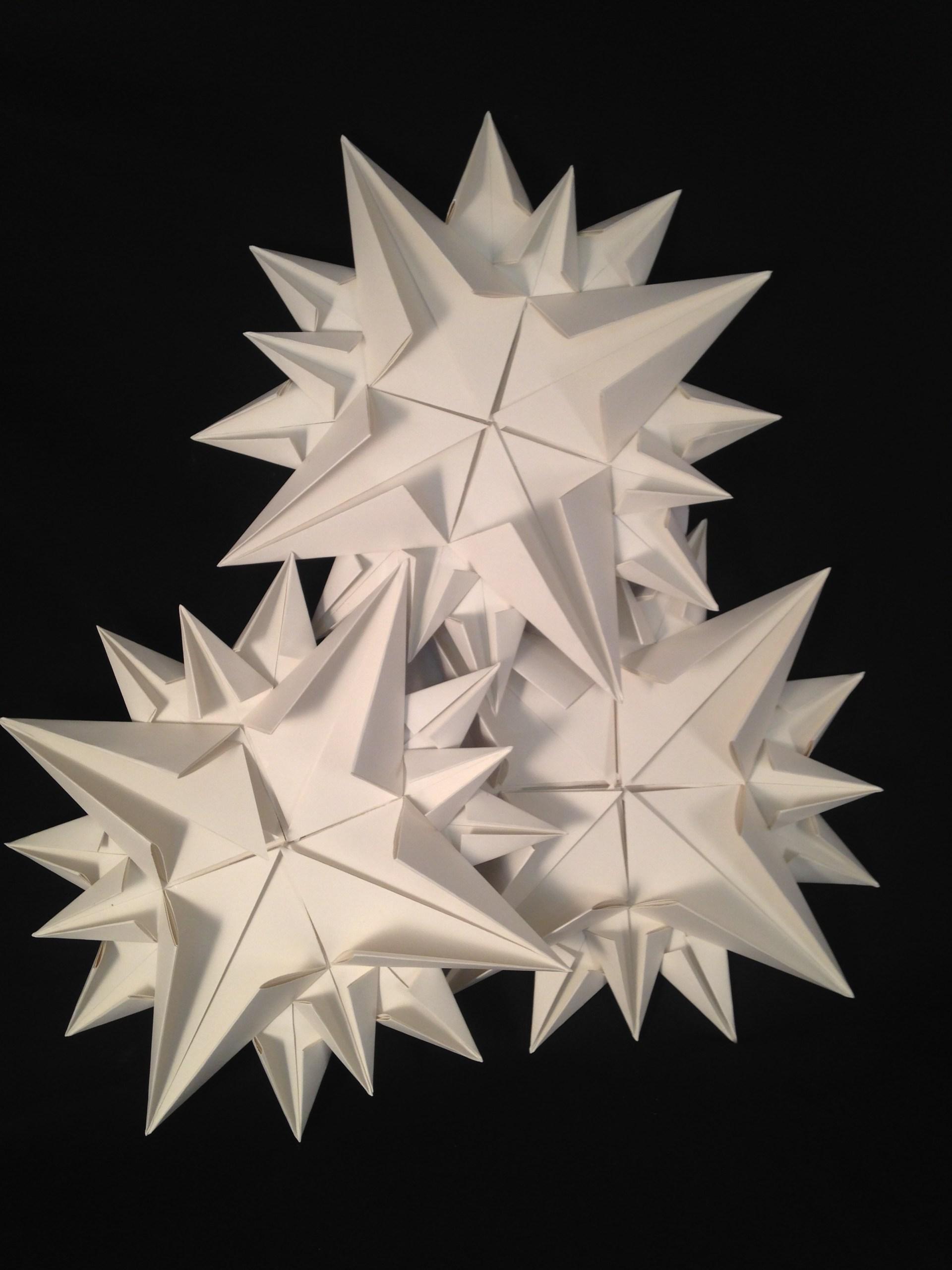 sculpture of white stars