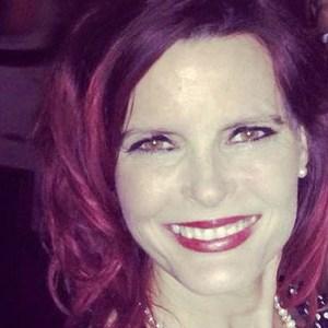 Carolyn Claire's Profile Photo