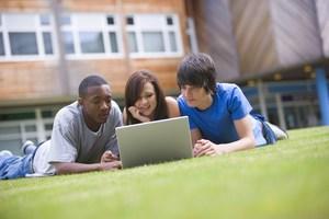 hs_studying_outside2.jpg