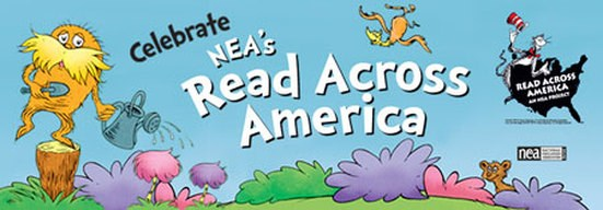 Read Across America Month /  Leer a través del mes Thumbnail Image