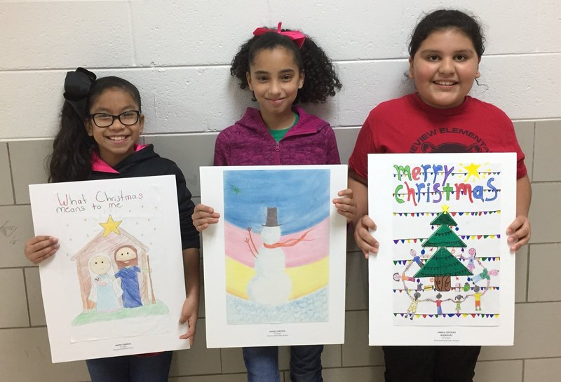 Pineview Elementary students shared their thoughts about Christmas at a recent treelighting.